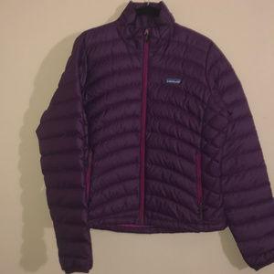 Patagonia - women's down sweater jacket - purple